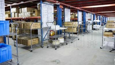 线网镀铬货架和常规角钢货架的区别?