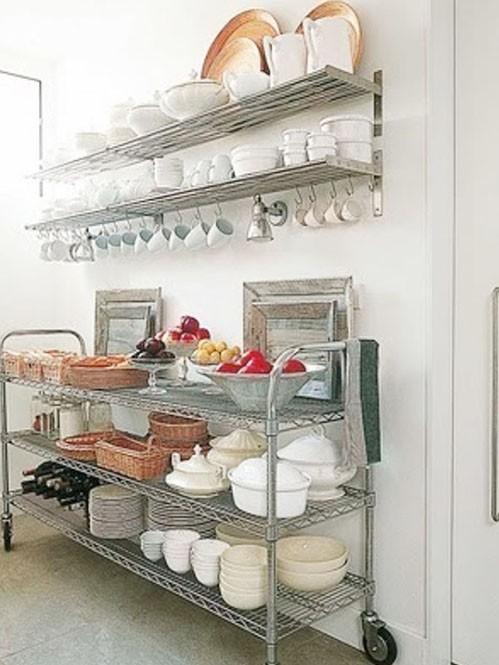 墙上安装的酒店厨房饭店用的碗碟餐具货架