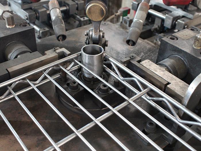 中山川井-全自动Co2锥套焊接