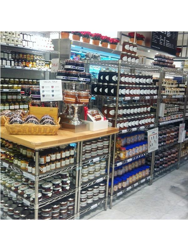 超市罐头食品专区展示架
