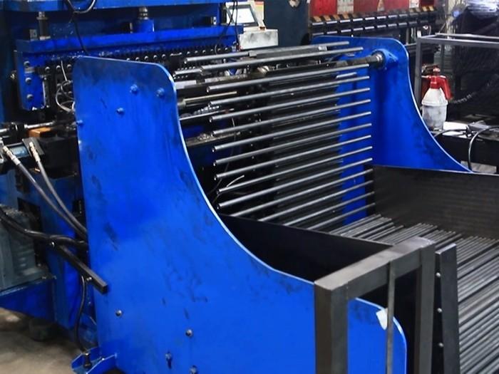 川井-自动滚槽机