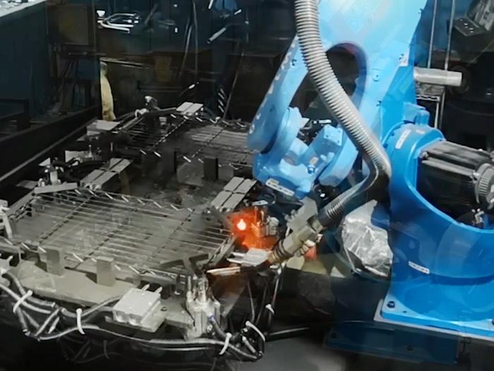 川井-全自动Co2锥套焊接