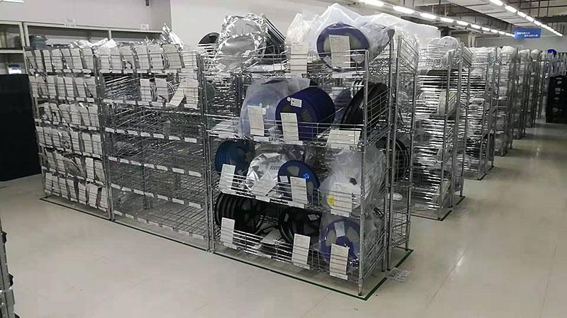 川井承接铁将军电子仓库和生产车间流水线储物方案